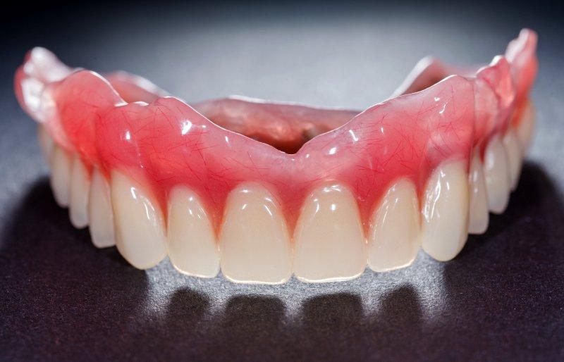 A complete denture.